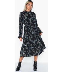 jacqueline de yong jdyjade l/s long dress wvn långärmade klänningar
