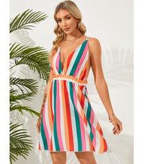 mini vestido sin mangas con cuello en v sin espalda con tirantes dobles a rayas de colores