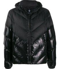 marcelo burlon county of milan jaqueta matelassê com logo - preto
