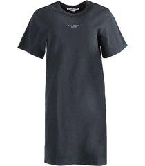logo t-shirt dress