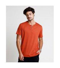 camiseta masculina básica manga curta gola portuguesa cobre