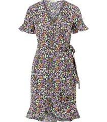 omlottklänning onlolivia s/s wrap dress wvn