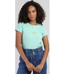 "blusa feminina ""lembrete"" manga curta decote redondo verde claro"