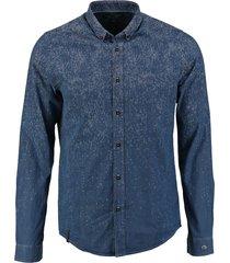 cast iron stevig blauw denimachtig overhemd valt kleiner