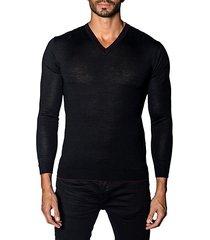 trim-fit v-neck lightweight sweater