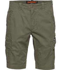 core cargo shorts shorts cargo shorts grön superdry