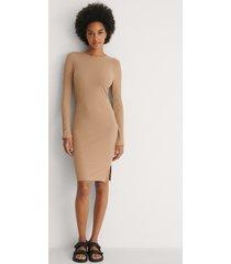 na-kd basic ribbed long sleeve dress - beige