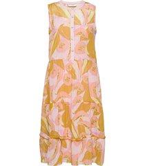 nucamden dress knälång klänning gul nümph