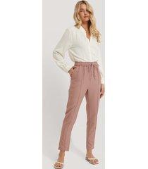 trendyol avsmalnande byxor - pink