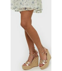 river island trap stappy tie up wedge high heel