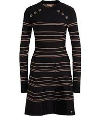 kara jurk