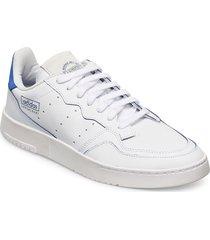 supercourt låga sneakers vit adidas originals