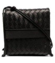 bottega veneta bolsa tiracolo de couro com trama intrecciato - preto