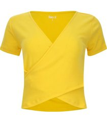 camiseta unicolor cruzada en frente color amarillo, talla 8