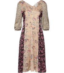 neomi ss dress knälång klänning creme second female