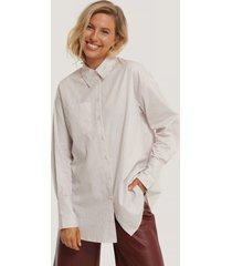 na-kd classic oversize, randig skjorta med ficka - multicolor