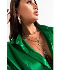 akira all hail layered necklace