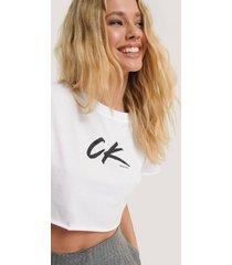 calvin klein croppad t-shirt - white