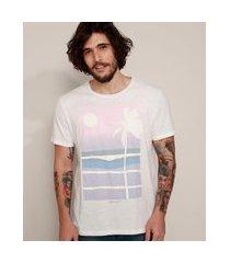 camiseta masculina paisagem praia com relevo manga curta gola careca branca