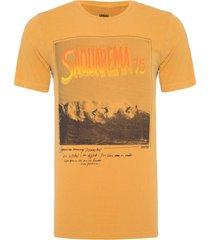 t-shirt masculina tinturada saquarema - caramelo