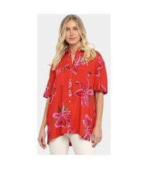 camisa manga curta farm tropicausando floral lirio feminina