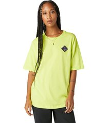 converse camiseta extragrande mountain club patch