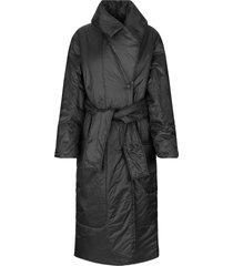 gewatteerde jas met bijpassende ceintuur eva  zwart