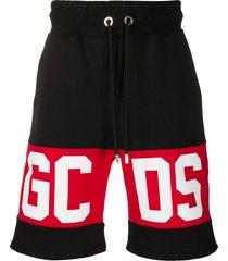 gcds black cotton logo panel track shorts