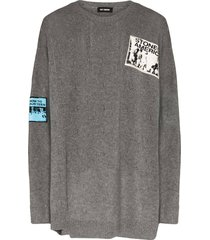 over-sized crewneck patch sweater