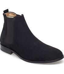 cast classic chelsea suede shoes chelsea boots svart royal republiq