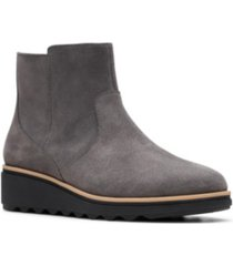 clarks collection women's sharon swing booties women's shoes