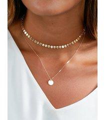 collar de doble capa con detalle de lentejuelas
