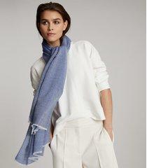 reiss alex - oversized wool scarf in blue, womens