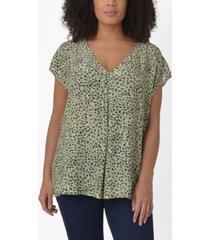 women's smudge print pleat front top