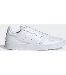 tenis lifestyle blanco adidas originals supercourt,