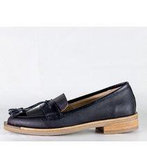 zapato negro bettona almaty