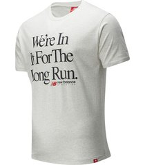 t-shirt korte mouw new balance essentials icon long run tee