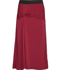 cintia knälång kjol röd by malene birger