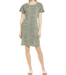 tommy bahama crocotile short sleeve knit dress, size x-small in camo green at nordstrom