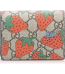 gucci gg supreme strawberry wallet brown, beige, multi sz: