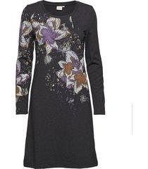 cecily dress - over knee knälång klänning grå cream