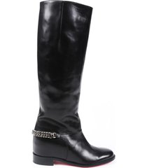 christian louboutin cate leather chain riding boots black sz: 5