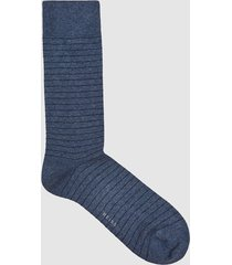reiss parker - fine-stripe design socks in airforce blue, mens