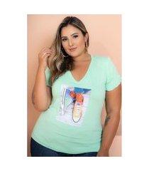 t-shirt babado com aplicação verde claro plus size 52 maria rosa plus blusas verde
