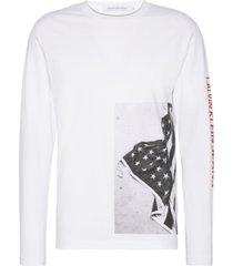 graphic side flag reg t-shirt l/s blanco calvin klein
