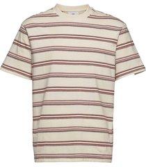 olafur t-shirts short-sleeved beige mango