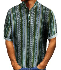 camiseta con botones geométricos a rayas de verano para hombre