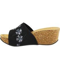 sandalia flores bordadas negro mailea