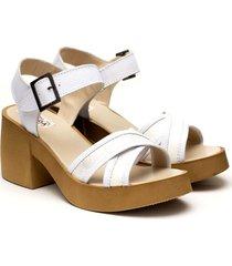 sandalia blanca valentía calzados erica