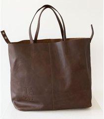 bolsón marrón tata chieza